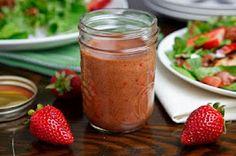 Roast Strawberry Balsamic Vinaigrette A homemade balsamic vinaigrette with roasted strawberries. Balsamic Vinaigrette Recipe, Strawberry Vinaigrette, Strawberry Balsamic, Balsamic Dressing, Vinaigrette Dressing, Balsamic Vinegar, Chutney, Cooking Tips, Gourmet