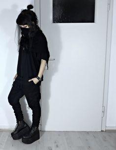 ⠠⠵ THE MECHANIST - gore-n-ghibli:    私は「ninjagoth」っていうことの定義だよ