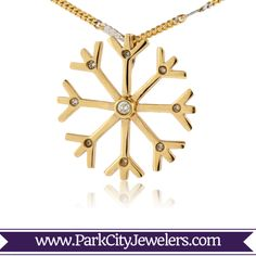 Snowflake Necklace with Diamonds Yellow Gold Diamond Pendant Snowflake Jewelry, Pendant Design, How To Make Notes, Diamond Pendant, Types Of Metal, Contemporary Style, Snowflakes, Jewels, Gemstones