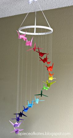 Origami Crane Rainbow Mobile I love this idea! I would use origami owls instead of cranes.if only I knew how to make origami owls! Origami Day, Rainbow Origami, Instruções Origami, Origami Butterfly, Origami Cranes, Origami Dragon, Origami Birds, Origami Templates, Box Templates