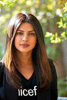 Priyanka Chopra Jonas Best Looks of All Time Indian Celebrities, Bollywood Celebrities, Beautiful Actresses, Indian Beauty, Hair Goals, New Hair, Hair Inspiration, Beauty Hacks, Beauty Tips