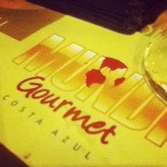 Photo taken at Mundi Gourmet by Henrique M. on 12/11/2012
