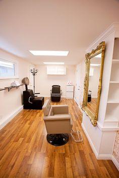 Small Salon at home! Perfect! Love the mirror.