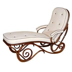 Thonet Bentwood Chaise Longue | From a unique collection of antique and modern chaise longues at https://www.1stdibs.com/furniture/seating/chaise-longues/