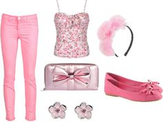 I think it look good for sleeping beauty Modern Disney Outfits, Modern Day Disney, Disney Princess Outfits, Disney Bound Outfits, Disney Dresses, Disney Clothes, Disney Princesses, Cute Summer Outfits, Cute Outfits