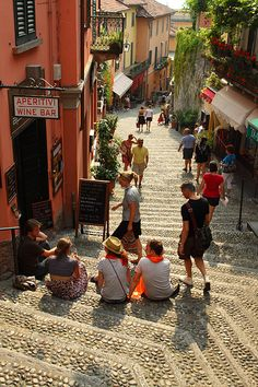 Bellagio Province of Como Lombardy region (Italy). http://www.lonelyplanet.com/italy/lombardy-and-the-lakes/lago-di-como