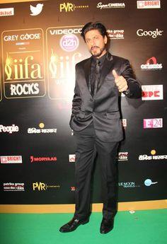 Shah Rukh Khan #IIFA #bollywood