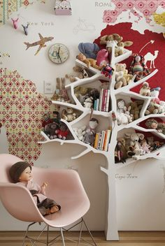 ways to show off your wall art than simply hanging a picture on a blank wall. Personalise plain walls with these fun and fabulous ideas for children's rooms. Baby Decor, Kids Decor, Nursery Decor, Cat Bedroom, Kids Bedroom, Kids Corner, Tree Bookshelf, Little Girl Rooms, Fashion Room