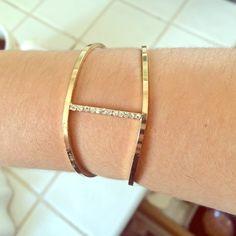 Gold and diamond bracelet adjustable Some slight discoloration on inside Jewelry Bracelets