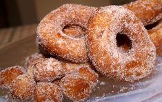 "Läs receptet ""Mormors munkar"" hos Stowr. Doughnut, Desserts, Christmas Ideas, Diys, Food, Postres, Bricolage, Deserts, Diy"