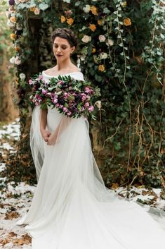 Once upon a time, there was this fairy tale winter wedding from some of Pittsburgh finest's wedding pros! See the styled shoot on Burgh Brides! Spring Wedding Flowers, Floral Wedding, Wedding Looks, Bridal Looks, Bridal Cape, Wedding Trends, Wedding Ideas, Wedding Flower Inspiration, Baroque Fashion