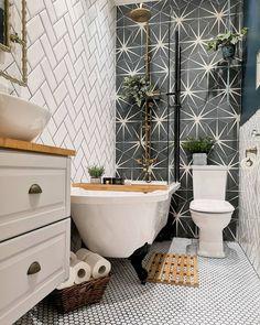 9 Small Bathroom Ideas — Love Renovate Small Bathroom With Bath, Small Bathroom Layout, Bathroom Tub Shower, Bathroom Renos, Laundry In Bathroom, Bathroom Ideas, Small Bathrooms, Bathroom Designs, Small Bathroom Inspiration