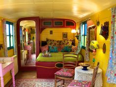 Dream caravan interior! Luxury caravans (© Nick Simonite)