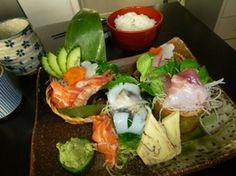 Kokoya 5 rue des Batignolles, Paris - le tout petit mini restaurant japonais, nourriture incroyablement, et service à la japonaise. à découvrir absolument