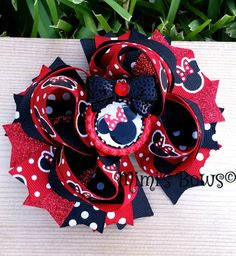 Minnie Mouse Boutique Hair Bow by MirianCarrion on Etsy
