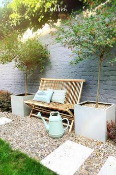 Outdoor Sofa, Outdoor Living, Outdoor Furniture Sets, Outdoor Decor, Indoor Garden, Indoor Plants, Outdoor Gardens, Balkon Design, Real Plants