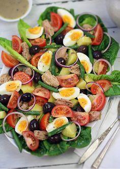 Salade Niçoise with Divine Dijon Dressing