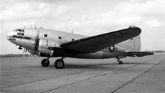 http://upload.wikimedia.org/wikipedia/commons/8/8c/Curtiss_C-46D_Commando_ANG.jpg