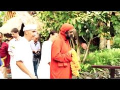Sarvaiswarya Puja Fire Ceremony - Swamiji at Fivelements