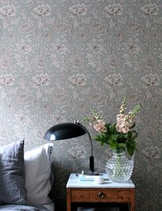 "Wallpaper ""Chrysanthemum""by William Morris William Morris Tapet, William Morris Wallpaper, Morris Wallpapers, Interior Wallpaper, Home Wallpaper, Monochromatic Room, Guest Room Office, House Inside, Cool Rooms"