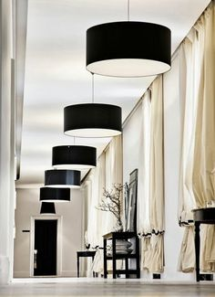 A touch of Luxe: Beautiful office at By Malene Birger Copenhagen. Interior Architecture, Interior And Exterior, Black And White Interior, Black White, White Light, Commercial Interiors, Drapes Curtains, Silk Drapes, Interiores Design