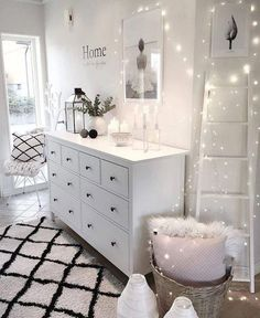 The post White Bedroom & Lights . appeared first on Wo… White Bedroom & Lights . The post White Bedroom & Lights . appeared first on Wohnungeinrichten. Bedroom Decor, Room Makeover, Shabby Chic Bedrooms, Bedroom Makeover, Dream Rooms, Living Room Decor, Home Decor, Home Bedroom, Apartment Decor