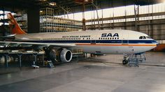 SAA Airbus A300 maitenance Passenger Aircraft, Unique Wallpaper, Commercial Aircraft, Cabin Design, Vintage Posters, Planes, South Africa, Aviation, African