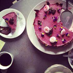 Tårtkalas i Järna kafé, Ytterjärna.
