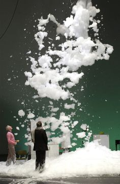 Katrin Brack is a German minimalist stage designer, who creates these stunning and inspiring stages! They can be also a good base for textile art. Bühnen Design, Event Design, Pattern Design, Stage Set Design, Theatre Design, Theater, Industrial Design Sketch, Interactive Art, Exhibition Booth