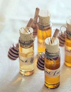 Honey wedding favors. Can also be used in place of traditional escort cards.