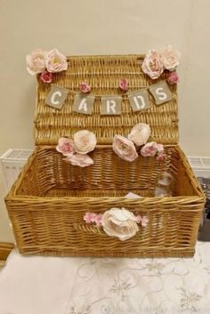 Can always use my picnic basket decorated with themed flowers. Wedding Post Box, Card Box Wedding, Chic Wedding, Perfect Wedding, Rustic Wedding, Our Wedding, Dream Wedding, Summer Wedding, Wedding Themes