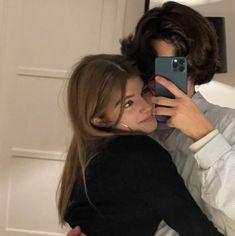 Cute Couples Photos, Cute Couple Pictures, Cute Couples Goals, Couple Photos, Romantic Couples, Teen Couples, Couple Goals Relationships, Relationship Goals Pictures, Boyfriend Goals