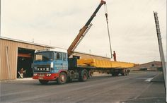 A #TBT to 1988, Dundee. Our Knights of Old vehicle with an overhead crane from Corby Steel Works.