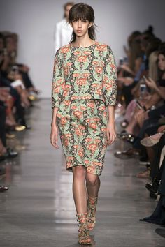 Zac Posen Spring 2017 Ready-to-Wear Fashion Show - Mayka Merino