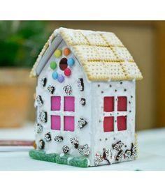 Knusperhäuschen zum Basteln, Anmalen und Aufstellen, Spaß ist garantiert! Advent, Gingerbread, Bird, Outdoor Decor, Home Decor, Paper, Lineup, Nice Things, Christmas