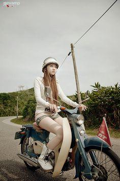 rider Biker girl ❤️ Women Riding Motorcycles ❤️ Girls on Bikes ❤️ Biker Babes ❤️ Lady Riders ❤️ Girls who ride rock ❤️