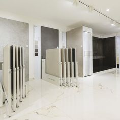 Porcelanosa showroom by rabaut design associates - Interior design tiles showroom ...