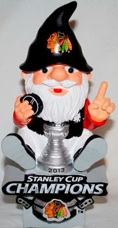 Amazon.com: Chicago Blackhawks 2013 NHL Stanley Cup Champions Gnome Sitting On Logo: Sports & Outdoors