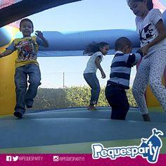 Quieres saber lo que trae #pequesparty para tu #fiesta ideal? Comunícate con nosotros Y déjanos llevar la diversión a tu evento. PequesParty Fábrica de Sonrisas! #fiestas #animacion #eventos #maracaibo#vzla #Occidente #cumple #yeah #castillos #Snacks  #Party #activaciones #cool #mcbo #niños #kids #inflables #castillos #tobogan #animacion #261 #marketing
