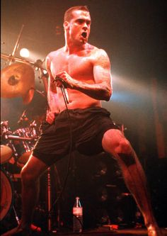Henry Rollins Band performing on stage at Docks Hamburg Germany 12 February 1992 Henry Rollins, Much Music, King Henry, Pictures Of People, Bob Marley, Music Bands, Indie, Punk, Hamburg Germany