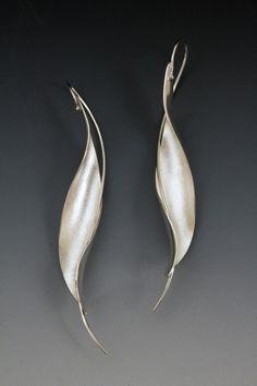 Betty Helen Longhi | Piedmont Craftsmen    A very graceful design.  Beautiful.  Elegant.