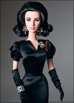 Elizabeth Taylor Violet Eyes Collector Barbie® Doll=A very nice job done by the Barbie Doll collection. Elizabeth Taylor, Barbie And Ken, Barbie I, Barbie Clothes, Barbie Style, Barbie Celebrity, Violet Eyes, Glamour, Barbie Collector