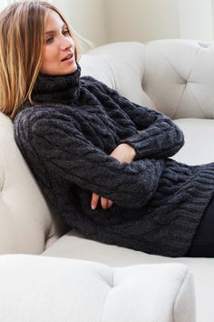 Big Cable Turtleneck Sweater - Iron | Emerson Fry