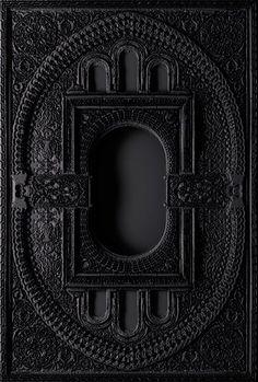 Moooi Carpets: Heavens Gate by Marcel Wanders