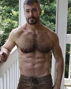 STUMP'S BLOKES – My personal choice of hot guys - beards, tattoos, muscle and lots of rugby players. Generally SFW but it may get a little close every now and then, and there will be the occasional bare arse Hope you enjoy ... and yep, the avatar is me
