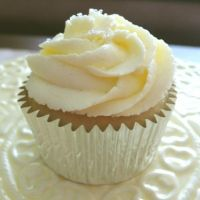 fluffy lemon buttercream frosting