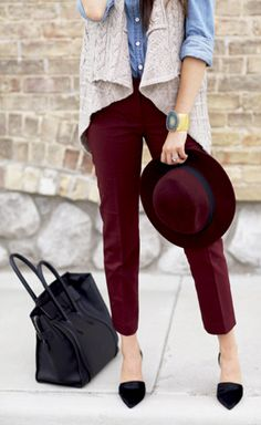 Burgundy pants and hat, with denim shirt, beige knit vest and black bag and stilettos Maroon Pants, Burgundy Pants, Burgundy Color, Oxblood Pants, Fall Winter Outfits, Autumn Winter Fashion, Winter Wear, Jean Bordeaux, Looks Style