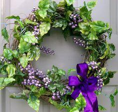 Grape Wreath - Creative Decorations by Ridgewood Designs
