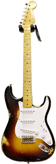 Fender Custom Shop 60th Anniversary 1954 Heavy Relic Strat 2 Tone Sunburst #XN1475 Main Product Image