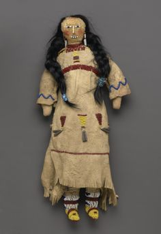 Google Image Result for http://arttattler.com/Images/NorthAmerica/NewYork/Brooklyn%2520Museum/Tipi/02-Doll.jpg